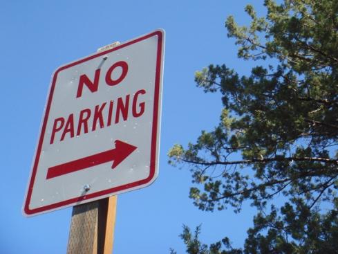 No Parking Cove Palisades